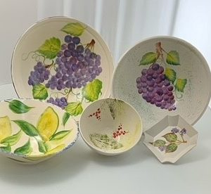 Majolica hand painted fruits